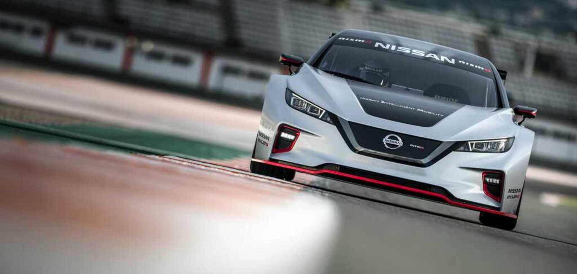 Швидше за Tesla: Nissan показала нове покоління електромобіля Leaf