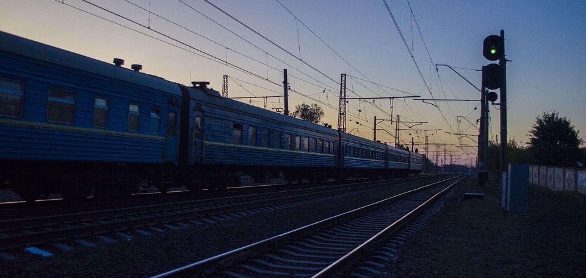 В Ивано-Франковске 14-летний подросток попал под поезд: первые детали трагедии