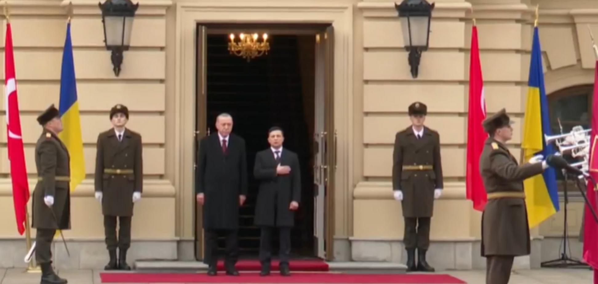 Ердоган прилетів до Зеленського у Київ: перші фото і відео