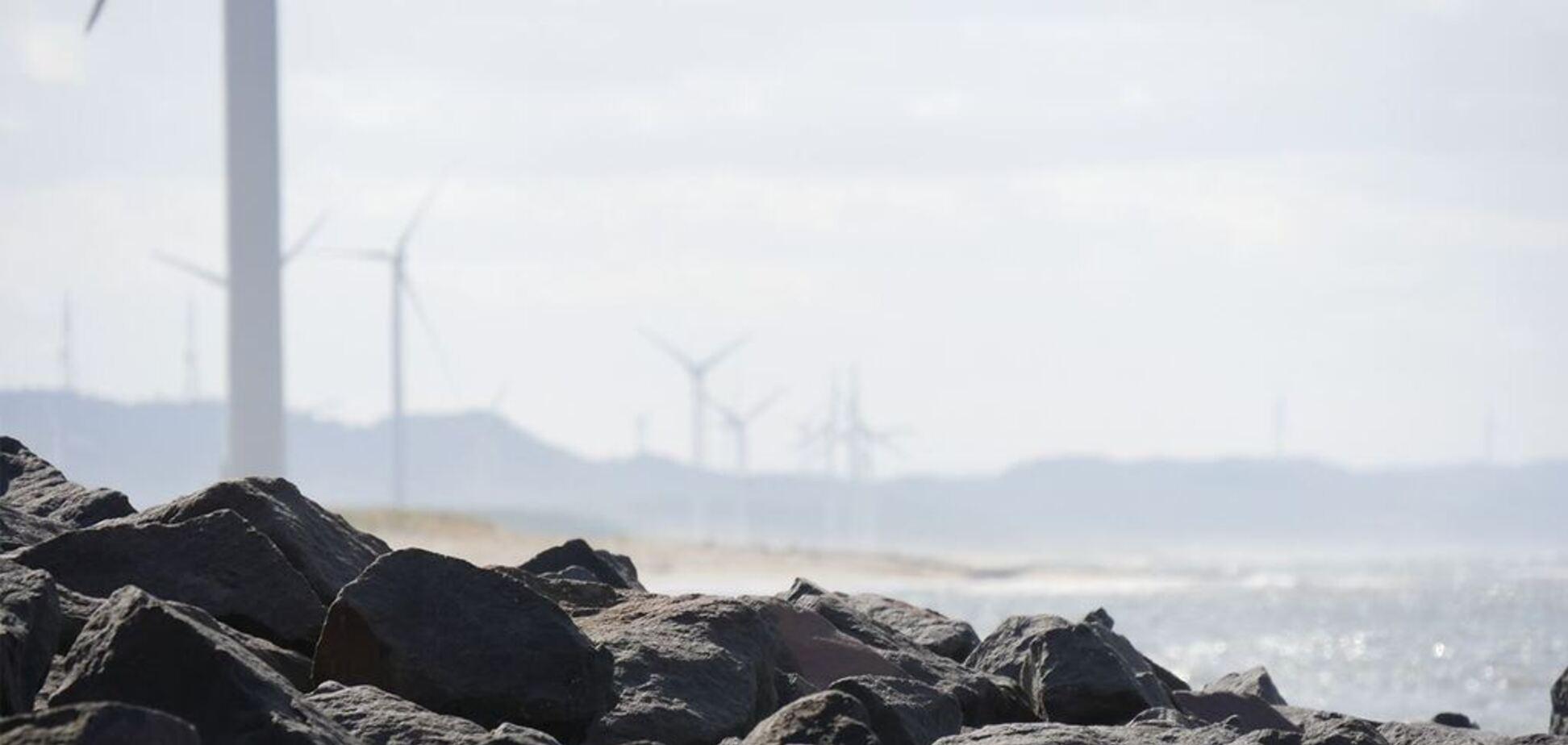 'Даже без ветра': в Европе начали использовать уникальные ветрогенераторы нового типа