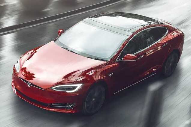 Електромобіль Tesl Model S