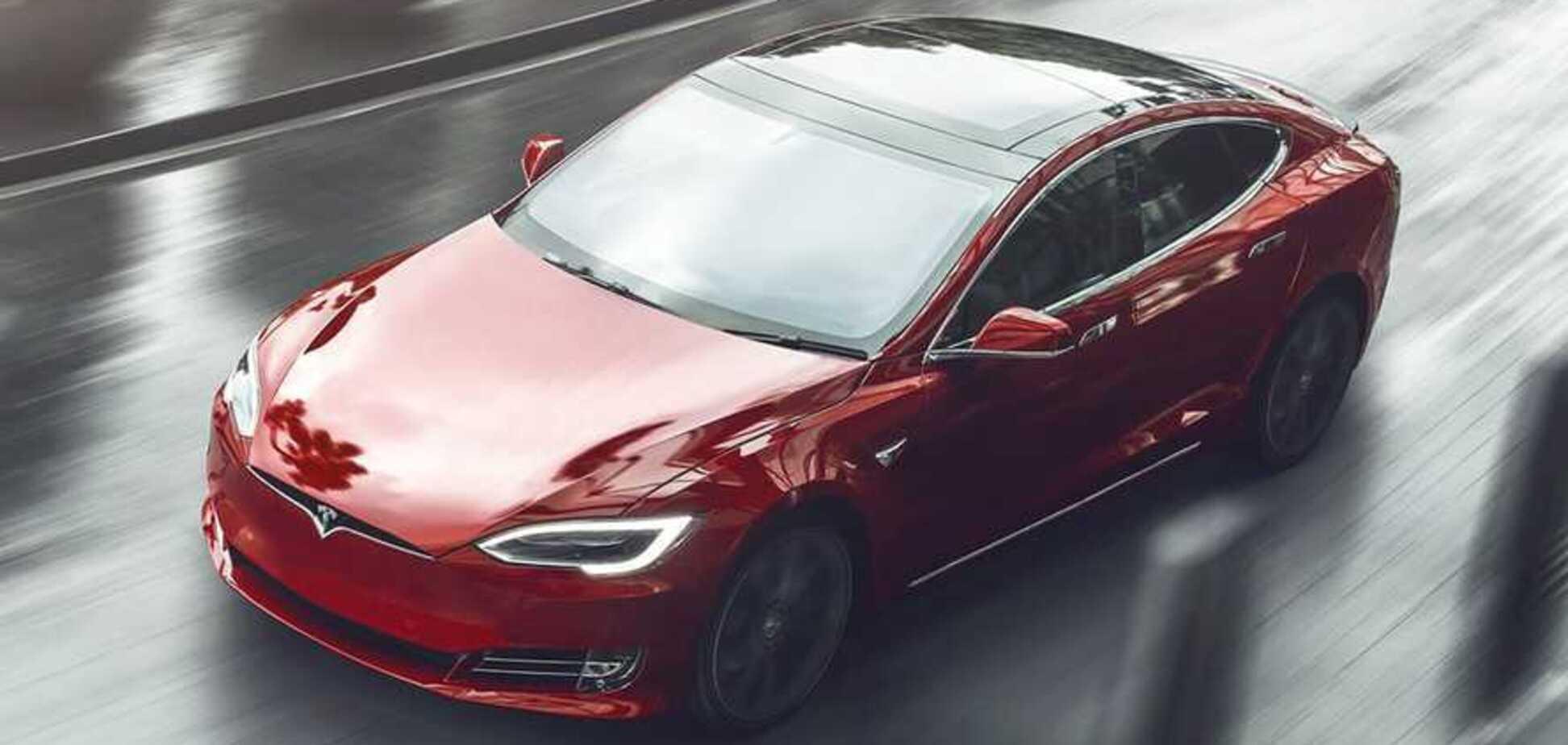 'Моргнути не встигнете': Ілон Маск анонсував нове покоління електрокарів Tesla