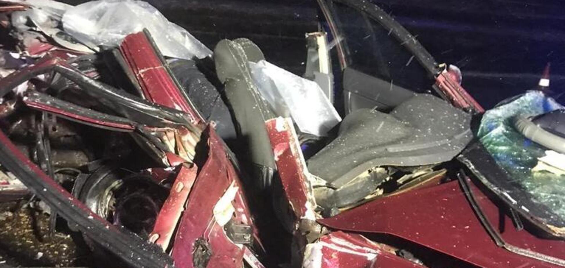 На трассе под Харьковом погибли 5 человек: фото с места жуткого ДТП