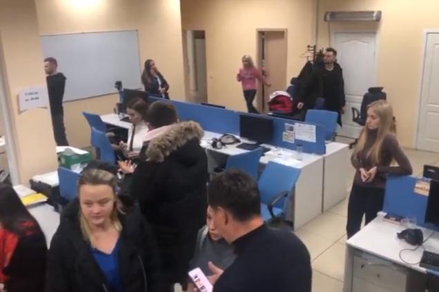 """Обыски СБУ в офисе""""1+1"""""""
