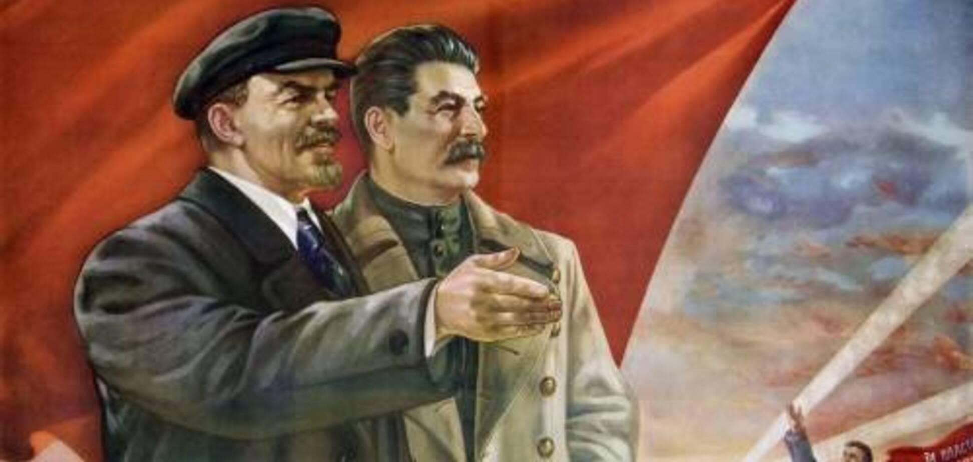 Ленин и Сталин вместо врагов превратились в героев России