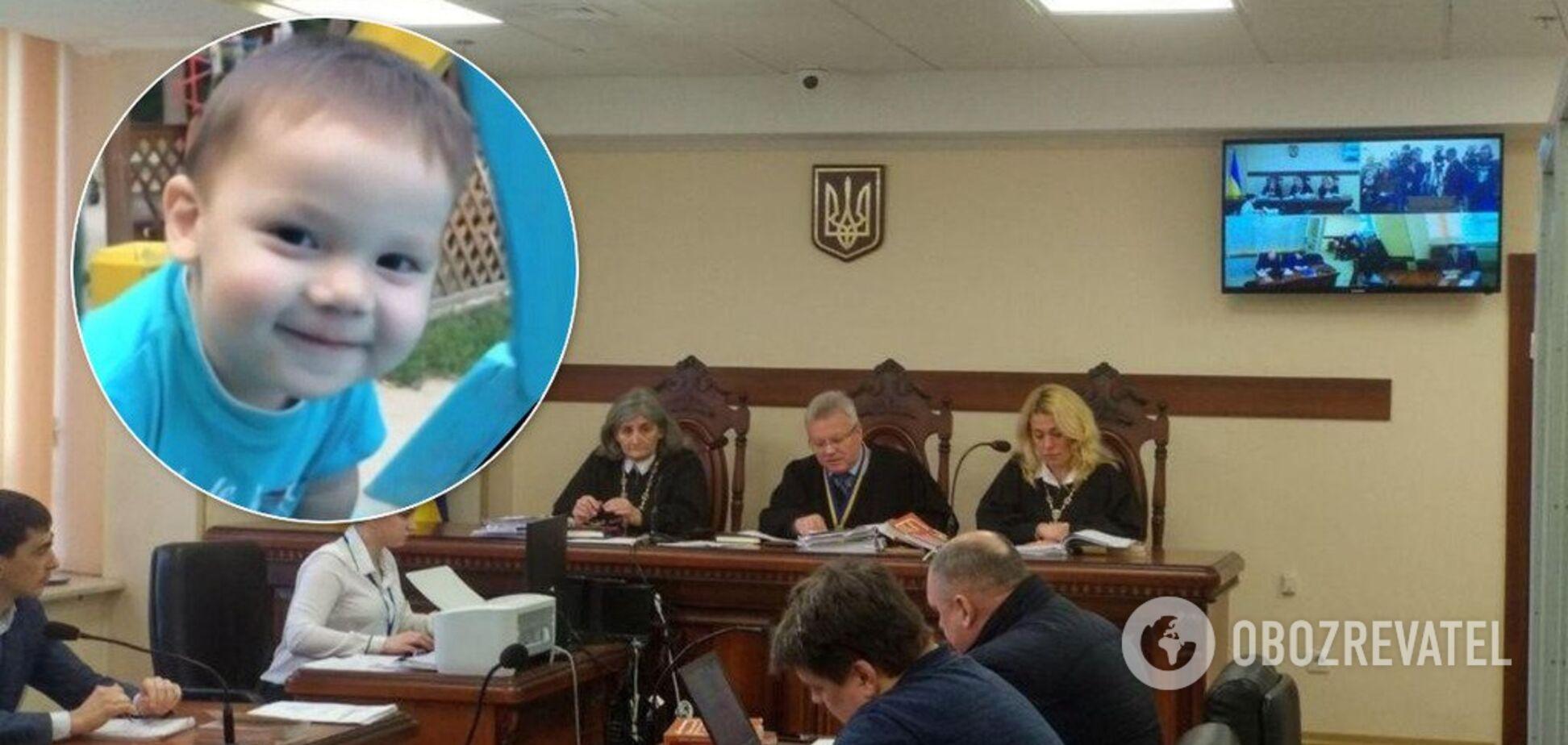 Мама плакала: дело об убийстве малыша под Киевом получило новый поворот