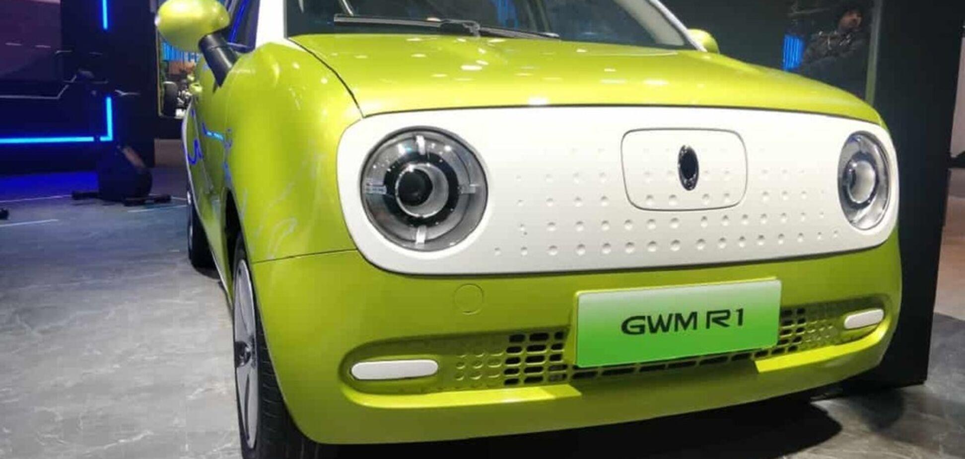 В Китае презентовали самый дешевый в мире электромобиль
