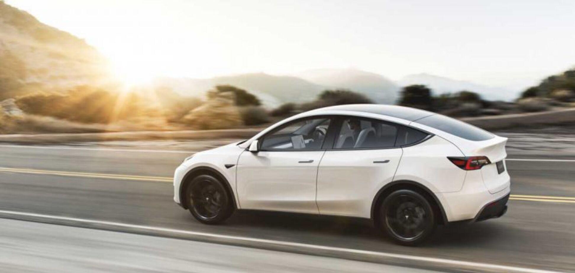 Новый электромобиль Tesla побил мировой рекорд еще до выхода