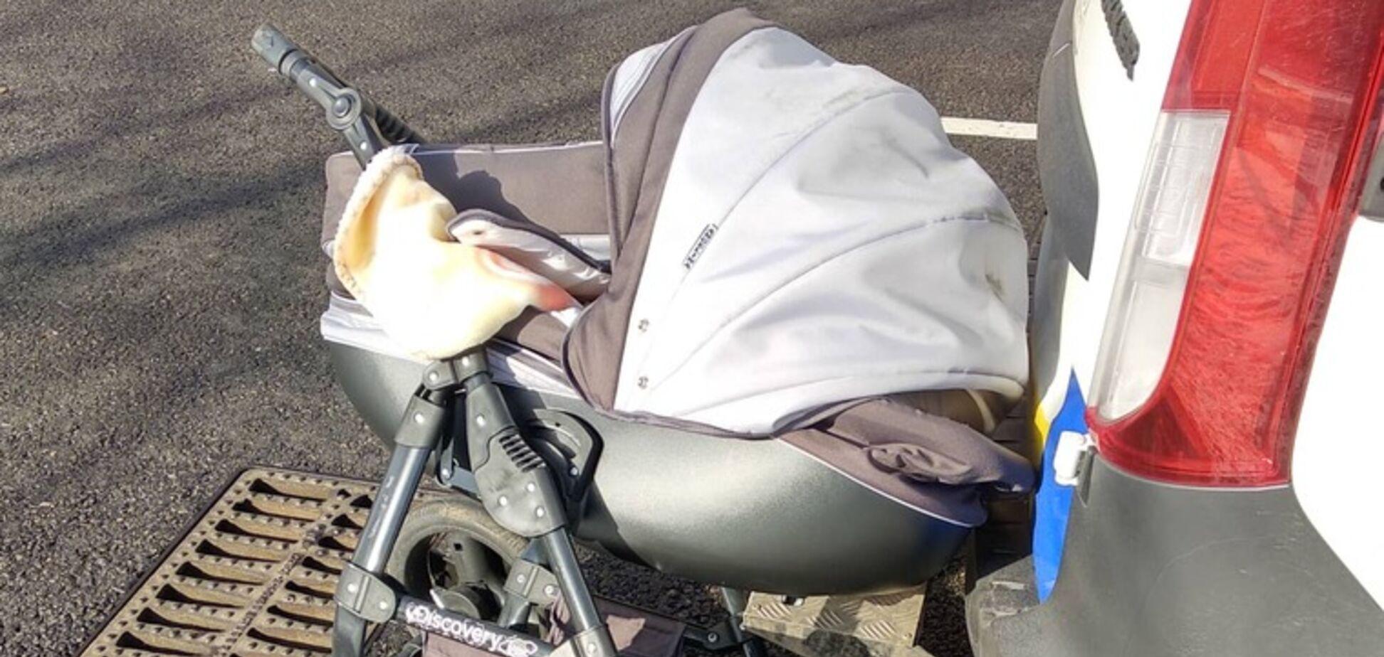 Під Запоріжжям водій збив візок із дитиною на 'зебрі': моторошне відео 18+