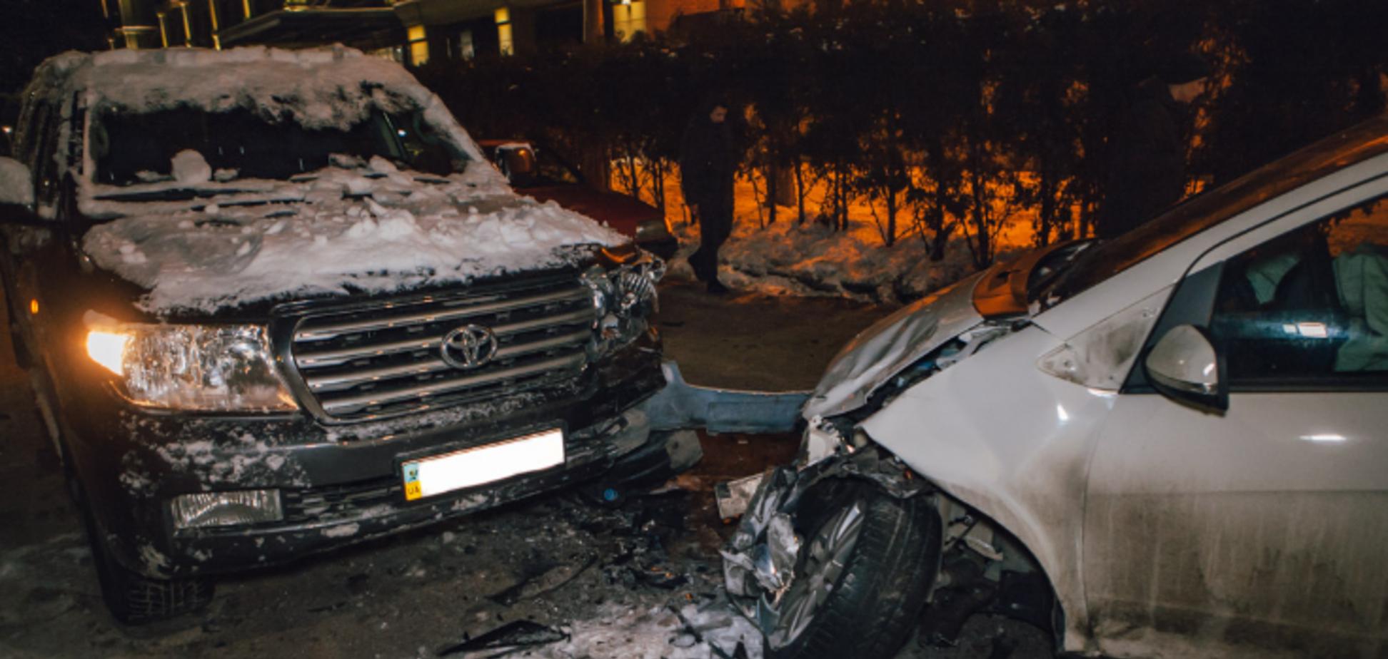 В Днепре пьяная девушка устроила тройное ДТП: видео момента аварии