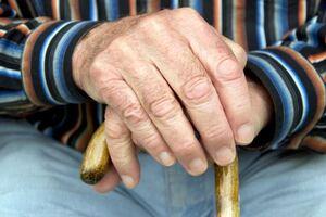 Эссенциальный тремор: причини виникнення та основні симптоми, способи лікування захворювання