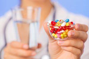Диарея антибиотик-ассоциированная: причины возникновения и основные симптомы, способы лечения заболевания