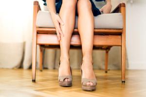 Хроническая венозная недостаточность (ХВН): причини виникнення та основні симптоми, способи лікування захворювання