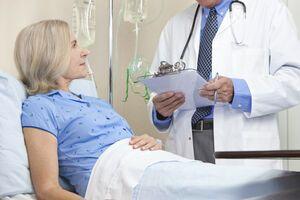 Рак яичников или карцинома яичника: причини виникнення та основні симптоми, способи лікування захворювання