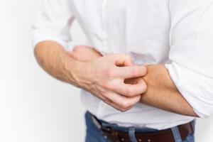 Контактный дерматит: причини виникнення та основні симптоми, способи лікування захворювання