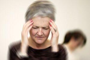 Болезнь Меньера: причины возникновения и основные симптомы, способы лечения заболевания