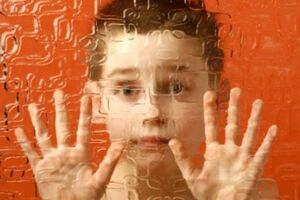 Детский аутизм: причини виникнення та основні симптоми, способи лікування захворювання