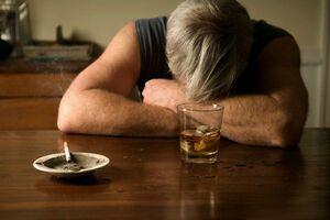 Алкогольная депрессия: причины возникновения и основные симптомы, способы лечения заболевания