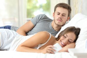 Алкогольный бред ревности: причини виникнення та основні симптоми, способи лікування захворювання