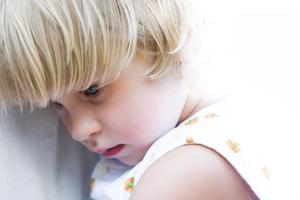 Умственная отсталость (олигофрения): причины возникновения и основные симптомы, способы лечения заболевания