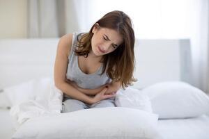 Дисменорея у подростков: причини виникнення та основні симптоми, способи лікування захворювання
