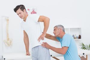 Невропатия наружного кожного нерва бедра: причини виникнення та основні симптоми, способи лікування захворювання