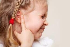 Отит у детей: причини виникнення та основні симптоми, способи лікування захворювання
