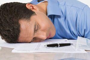 Синдром хронической усталости: причины возникновения и основные симптомы, способы лечения заболевания
