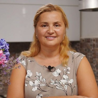 Олена Бесєдовська