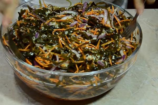 Салат із морської капусти