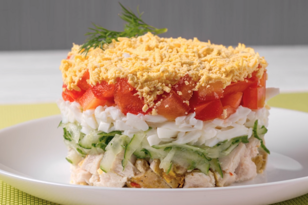 Шаровий салат із куркою