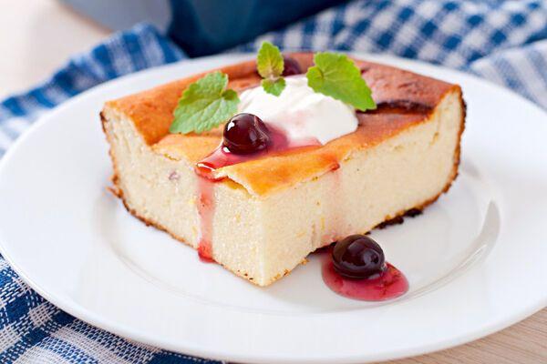 Сирний пиріг з манкою