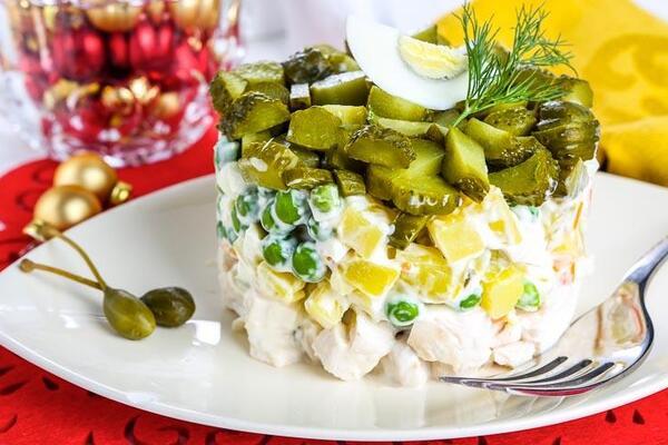 Шаровий салат із грибами