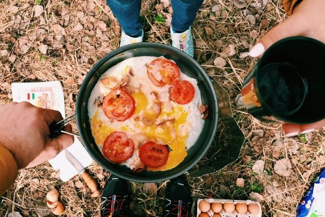 Завтрак в лесу