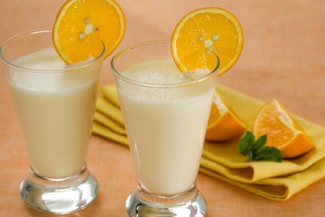 Апельсиновий фреш із молоком