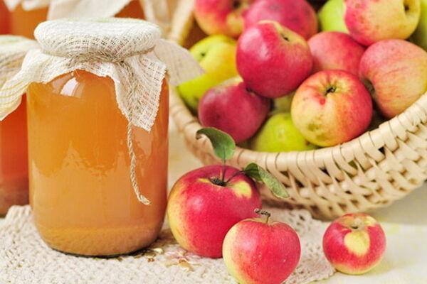 Простий яблучний сік