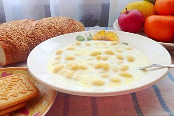 Молочний суп з ріжками