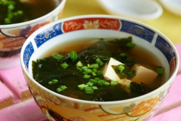 Місо суп з в'яленою рибою