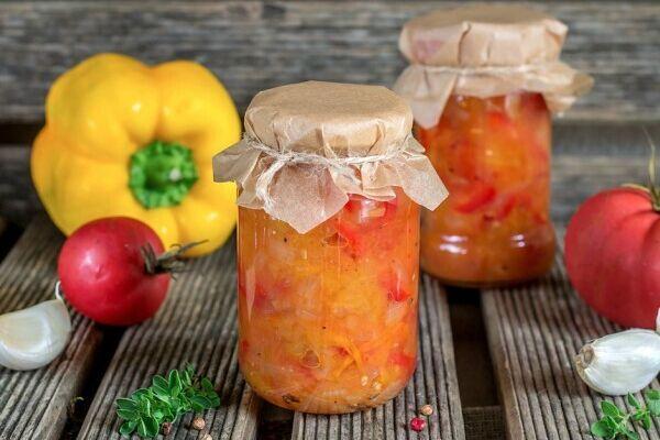Овочевий салат із болгарським перцем