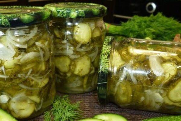 Салат с огурцами на зиму