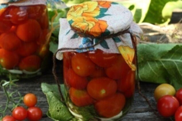 Квашені помідори з хріном
