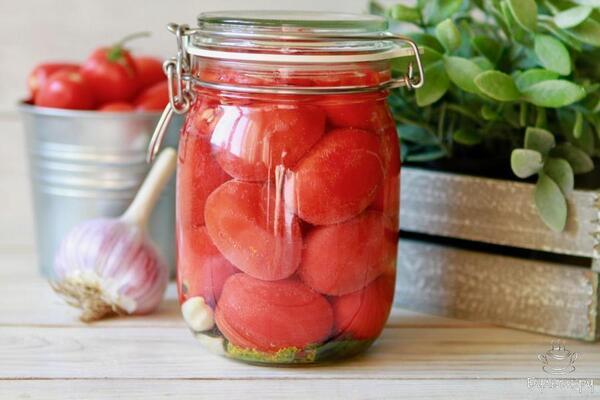 Малосольні помідори