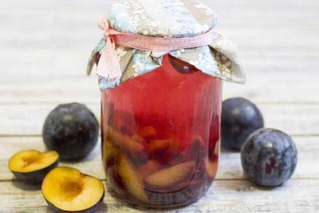 Сливово-фруктовый компот