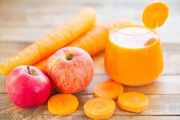 Морквяно-яблучний сік