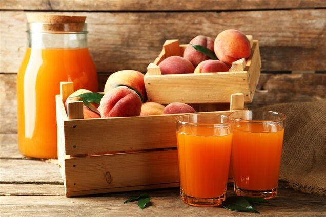 Персиковый сок с мякотью