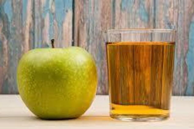 Яблучний сік по-домашньому