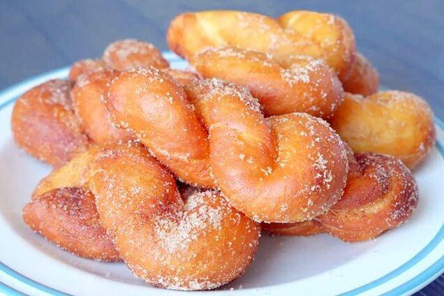 Сахарные пончики