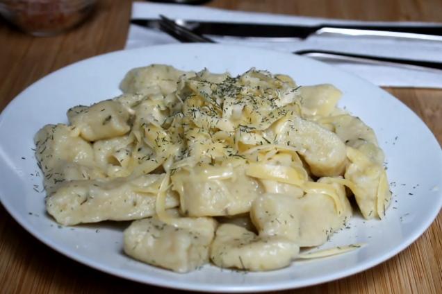 Простые клецки с сыром