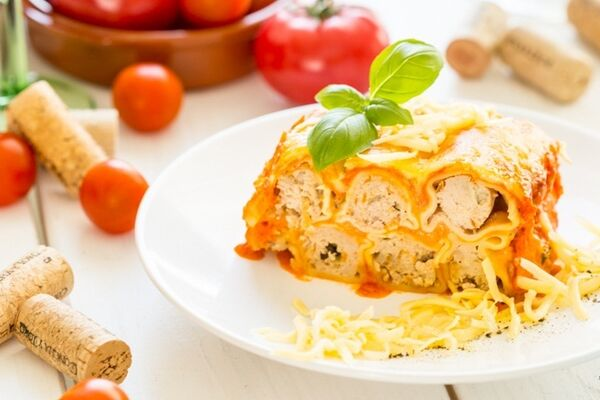 Каннеллони под томатно-сливочным соусом