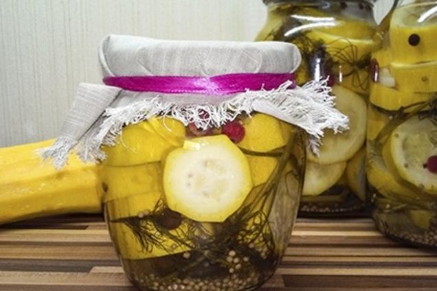 Мариновані кабачки з лимоном